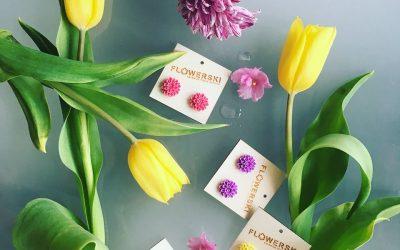 Milé dámy, běžkyně, přivítejte jaro v náušnicích Flowerski